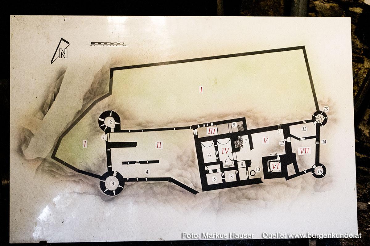 Der Grundrissplan der Ruine Hinterhaus.