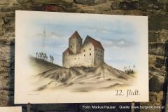 Darstellung der Ruine Hinterhaus wie sie im 12. Jhdt. ausgesehen haben könnte.