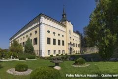 Perfektes Ambiente für edle Hochzeiten, Taufen oder Feiern bietet der Schlossgarten mit dieser traumhaften Kulisse im Hintergrund.