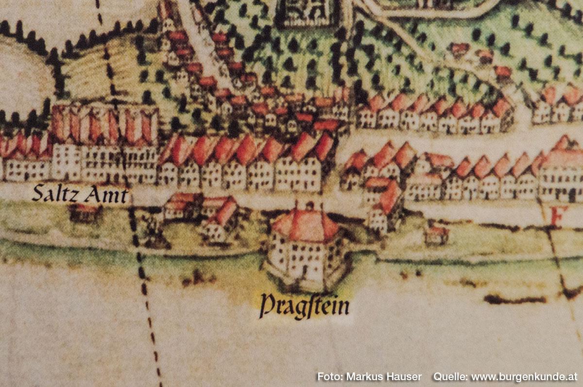 Schloss Pragstein auf einem weiteren Stich im Detail. Hier fehlen die Ecktürmchen, dafür ist das Ausfalltor eindeutig zu erkennen.
