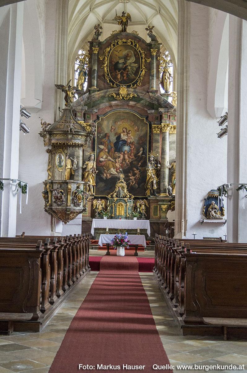 Blick ins Kircheninnere.