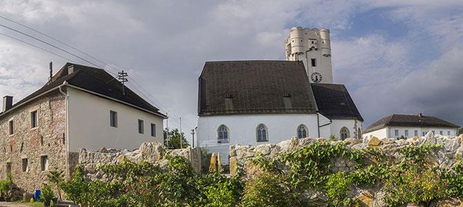 Schloss und Kirche Arbing Oö