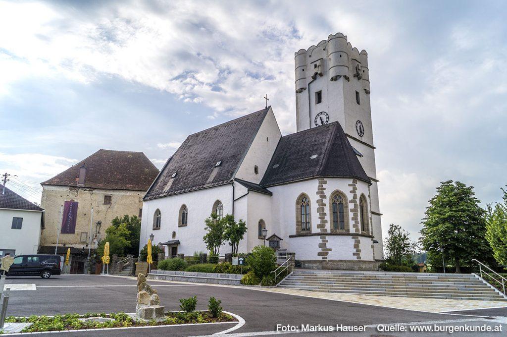 Schloss und Kirche Arbing in Perg Oberösterreich
