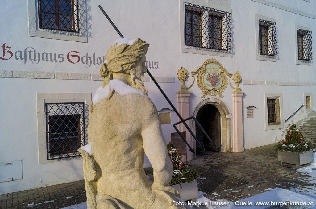 Schloss Hochhaus in Vorchdorf Oberösterreich
